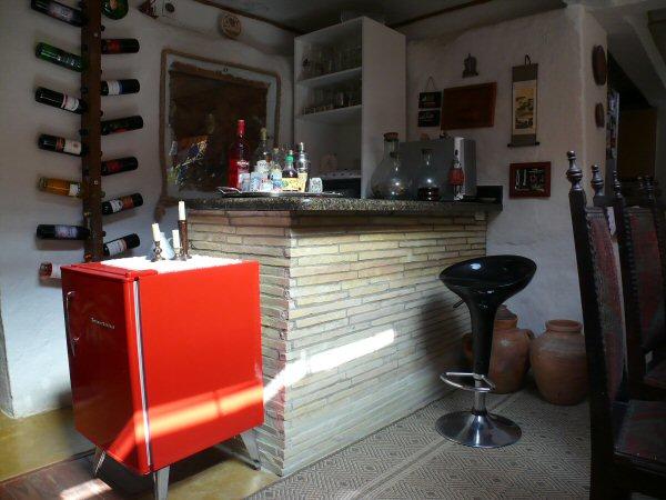 O barzinho coberto com pedra canjiquinha!